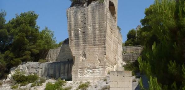 Grottaglie_monolite