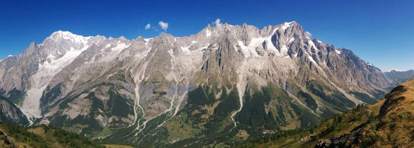 Mont Blanc massif  (view from Mont de la Sax)