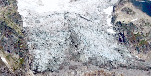 We monitor the Planpincieux Glacier