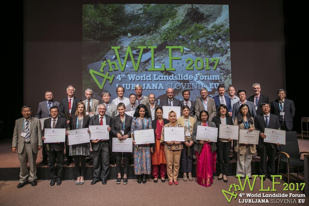 news-Wlf4_2017_Ljubljana-parise-group